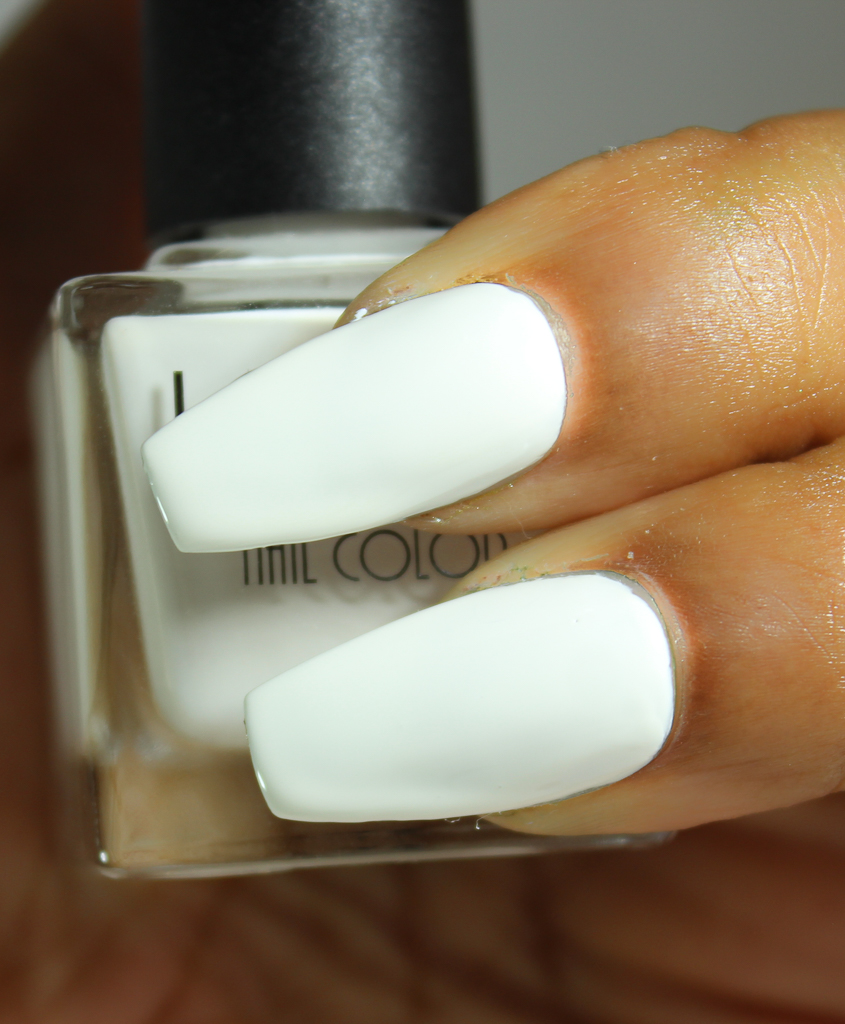 look nail color white